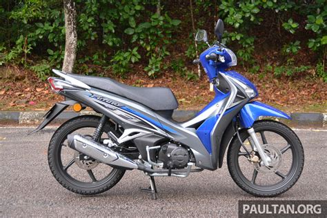 future honda motorcycles review 2016 honda future fi the future is now