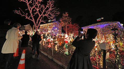best christmas lights bolingbrook the real magic of how to string lights without a single extension cord quartz