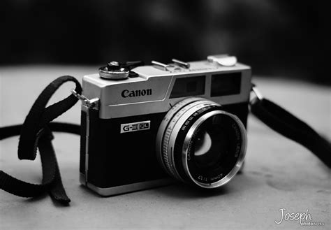photography camera wallpaper black and white old camera by joe kimochi on deviantart