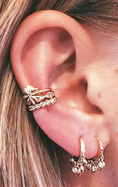 ear piercing ideas tumblr steal these 30 ear piercing ideas mybodiart