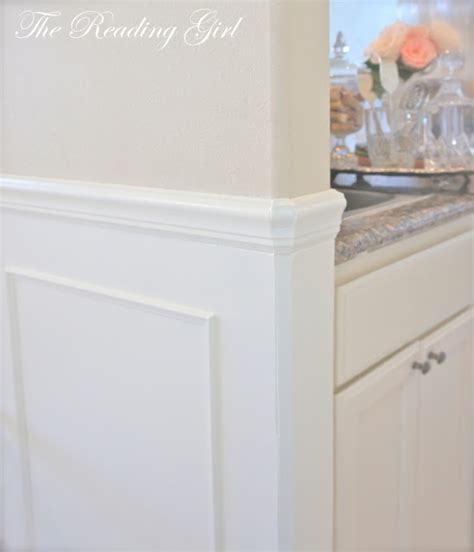 Wainscoting Corners by Rounded Corner Wainscotting Design Tips
