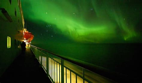hurtigruten excursions northern lights go on a cruise with hurtigruten official travel guide to