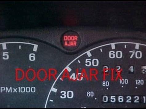 door warning light stays on ford focus 2013 ford explorer door ajar autos post