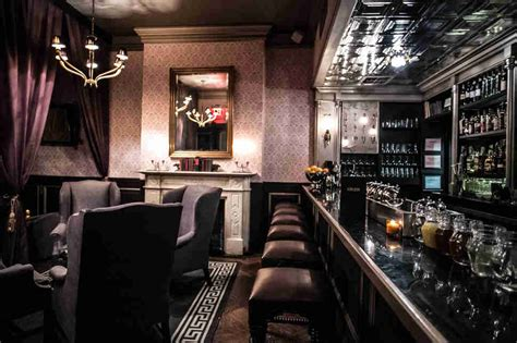raines room the definitive guide to nyc s hotel bars thrillist
