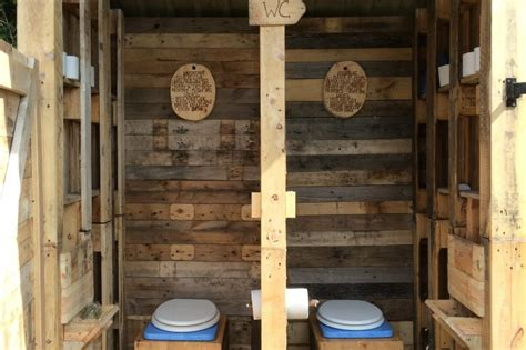 diy projects from pallets 14 amazing diy wood pallet projects