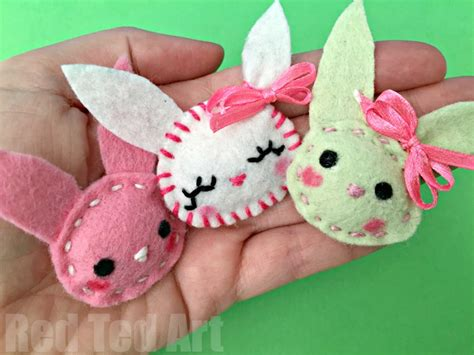 easy crafts for children felt bunny brooch easy sewing ted s