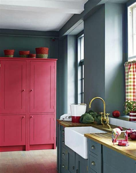 Formidable Quelle Couleur Pour Ma Cuisine #1: cuisine-gris-rose-meubles-gris-violet-rose-idée-couleur-cuisine-grise.jpg