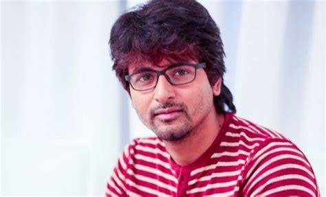 remo sivakarthikeyan hairstyle sivakarthikeyan s remo plot leaked tamil cinema news