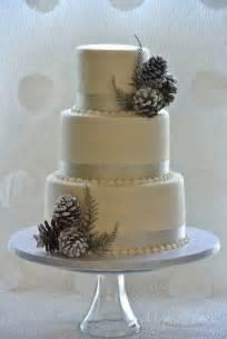 Cheap Garlands For Weddings 39 Natural And Simple Pinecone Wedding Ideas Weddingomania Weddbook
