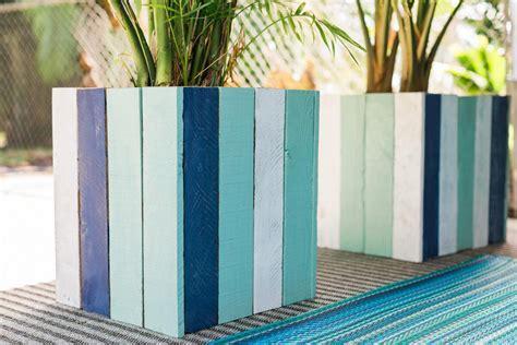diy pallet  wood planter box ideas  designs