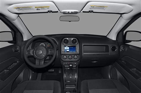 jeep compass 2014 interior images for gt 2014 jeep compass latitude interior