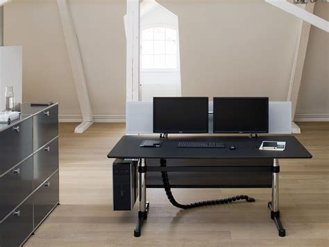 usm kitos e advanced height adjustable office desk by usm