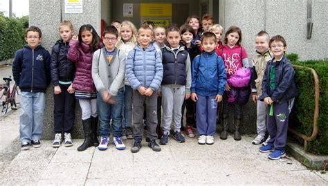 ufficio postale thiene zan 232 i bambini della scuola xxiii a lezione alle