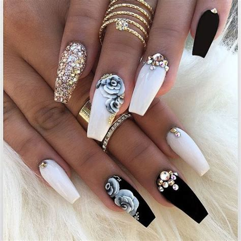 rose pattern nails 30 super pictures of pretty nail designs sheideas