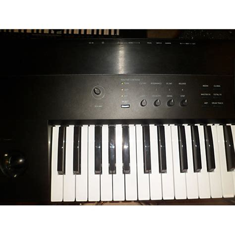 Keyboard Korg Krome 73 used korg krome 73 key keyboard workstation guitar center