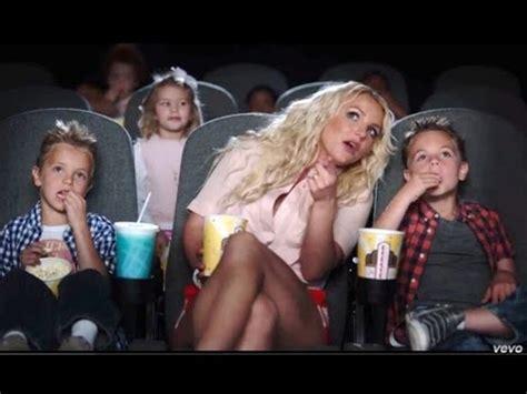 Britneys New Boy Toys A Spender by Boys In Quot Ooh La La Quot