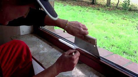 Richtiges Lackieren Von Holz by Fensterrahmen Streichen Ohne Abkleben Youtube