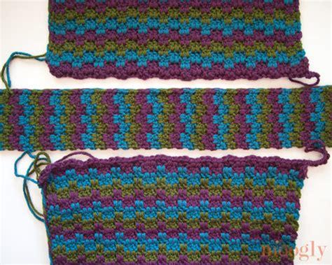 crochet patterns messenger bags free free crochet pattern mesmerizing messenger bag moogly