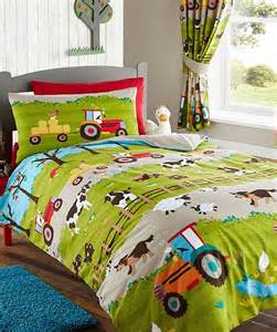 Disney Frozen Wall Stickers farmyard toddler bedding set featuring all the animals on