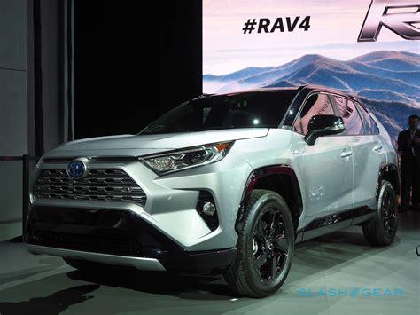 Toyota Models 2019 by 2019 Toyota Rav4 Look Suv Bestseller Gets New Awd