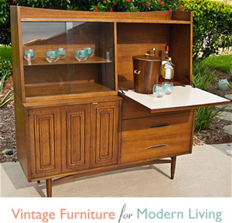 Broyhill Painters Shed by Vintage Broyhill Sculptra Dining Hutch Bar China