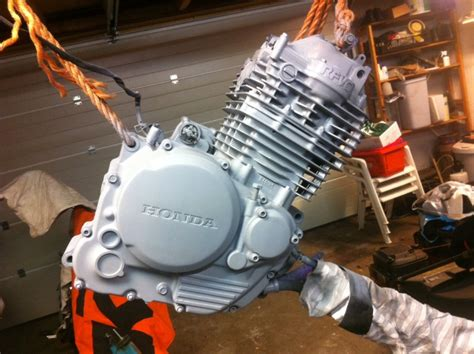 caferacerweshop how to paint a cafe racer engine caferacerwebshop