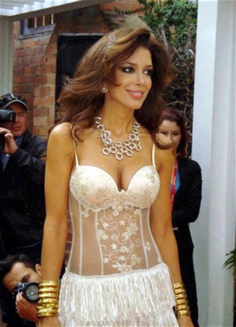 sahar biniaz in a hot revealing sexy outfit