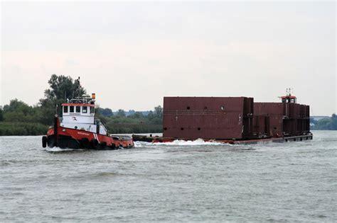 sleepboot waterpoort waterpoort