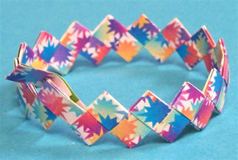 How To Make A Paper Bracelet - paper origami bracelets paper quilling and other crafts