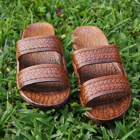 jesus hawaiian sandals 25 best ideas about jesus sandals on