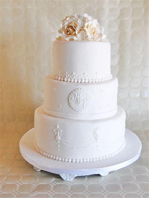Hochzeitstorte T Rkis Wei by Silberne Hochzeitstorten Tischdeko Silberne Hochzeit