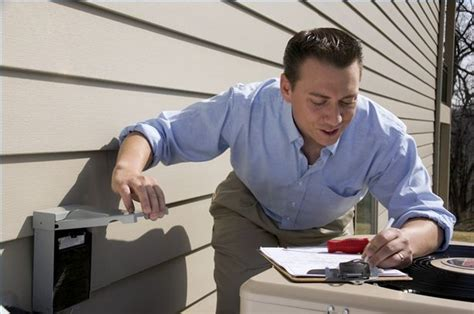 how can i become a hvac technician and get employment quickly