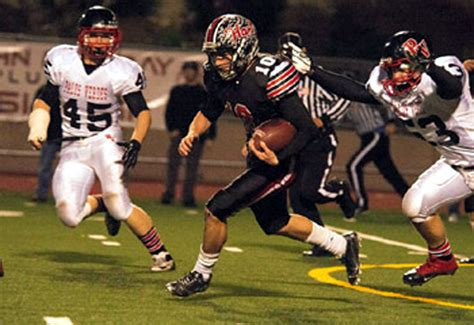 cif northern section football scvnews com roundup hart s connor wingenroth is tops in