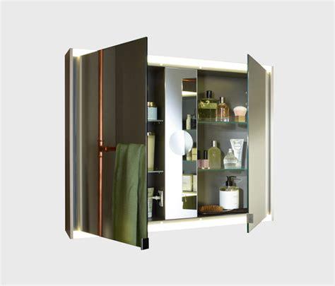 wandschrank mit led yso spiegelschrank mit horizontaler led beleuchtung