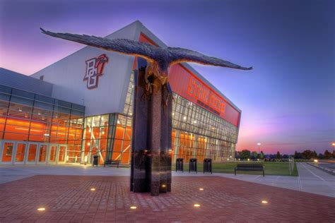 Bowling Green State Mba Career Services by Snohetta S Wolfe Center For The Arts Gives Bowling Green
