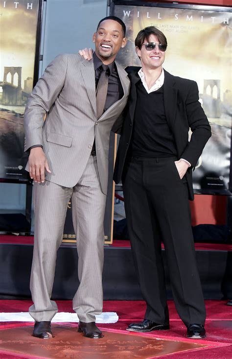 Tom Cruise Gives Will Smith An Award by Will Smith And Tom Cruise Photos Photos Will Smith