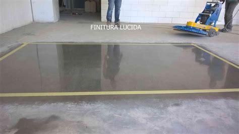 pavimento in cemento lucido vantaggi cemento lucidato lucidatura levigatura
