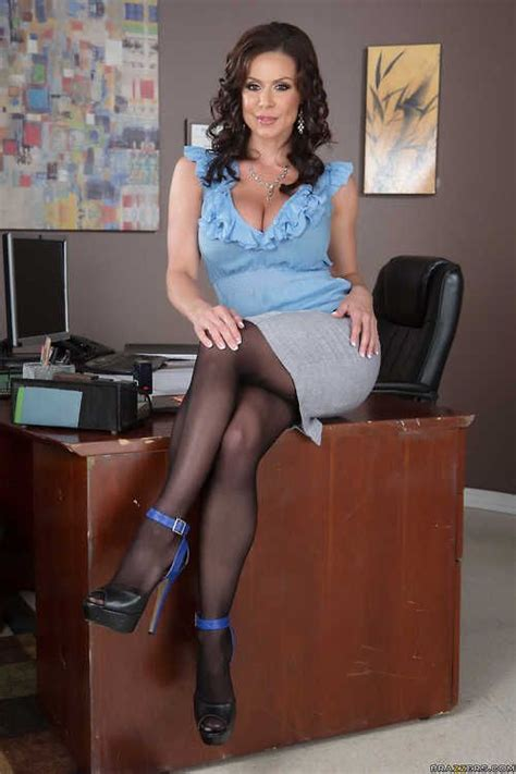sweet nj crossdressers 296 best images about at the office on pinterest sexy