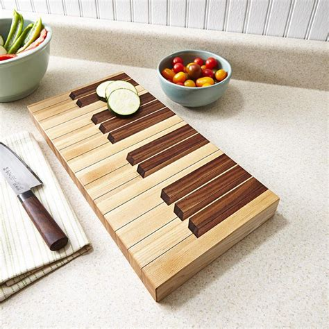 woodworking gift projects keyboard cutting board woodworking plan from wood magazine