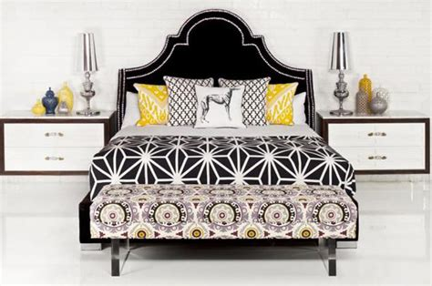 www roomservicestore bel air bed in black velvet