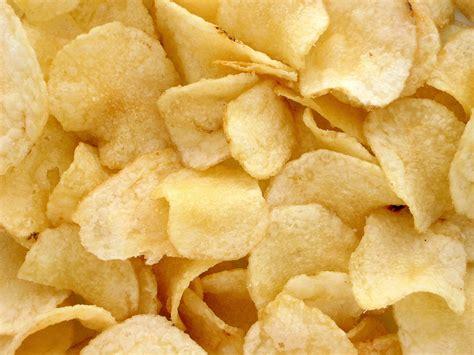 chips crisps the snacks potato chip
