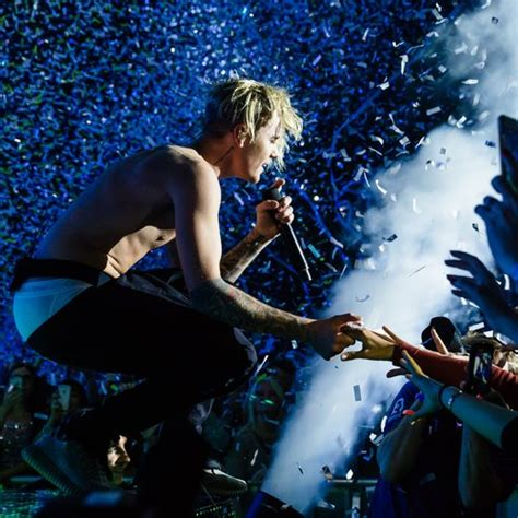 Kaos Purpose Tour Justin Bieber Yourself Premium here s exactly what to expect from the uk leg of justin bieber s 2016 purpose tour capital