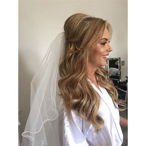 Wedding Hair Up Veil by Bridal Hair Half Up With Veil Hair Do It