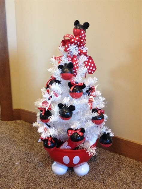 carlee s minnie mouse tree christmas pinterest