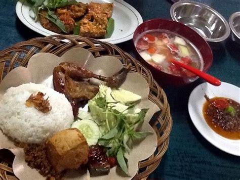 Ayam Panggang Jogja ayam bakar wong di yogyakarta garnesia
