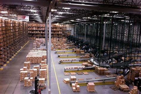 new balance expands to new earth city warehouse stl gateway