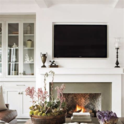 Simple Fireplace Surround Ideas by 25 Best Ideas About Simple Fireplace On Wood