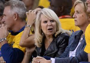donald s alleged lover nba owner donald sterling donated 135k to museum