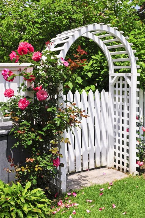 Pretty Garden Trellis 10 Flower Gardens To Fall In With Serenity Secret