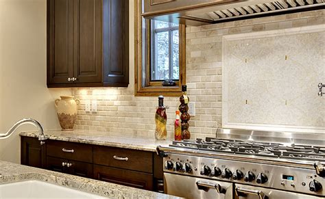Kitchen Backsplash Medallions by Travertine Tile Backsplash Photos Amp Ideas